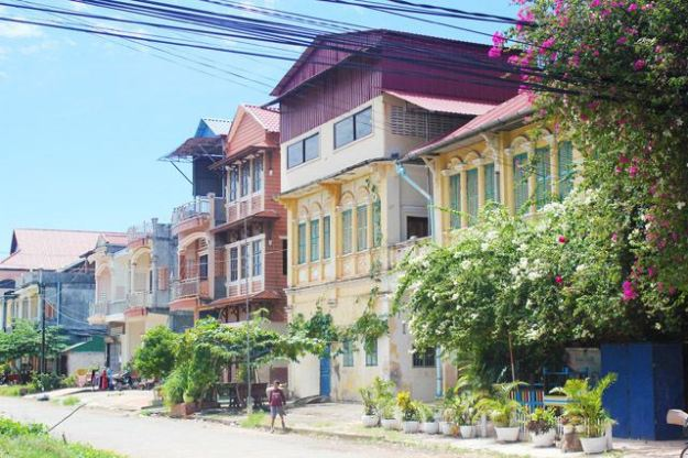 French colonial architecture in Kampot (Source image pinterest.com)