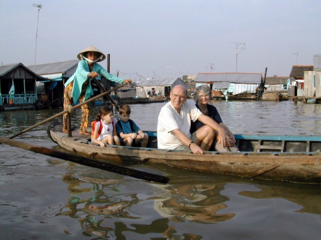 Famille surle mekong