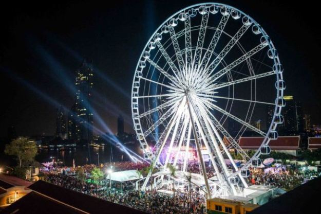 Grande roue à Bangkok