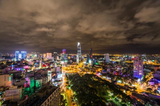 Ville d'Ho Chi Minh de nuit