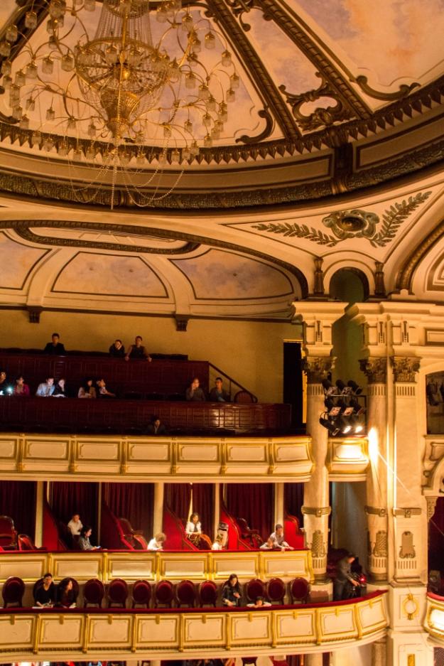 L'intérieur de l'Opéra d'Hanoï